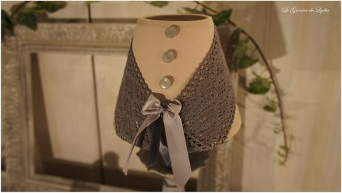 lampe corset gris boutons (2)