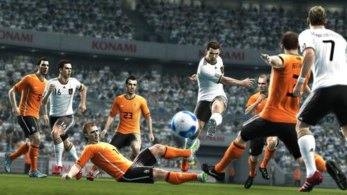 pes2012-official-19.jpg