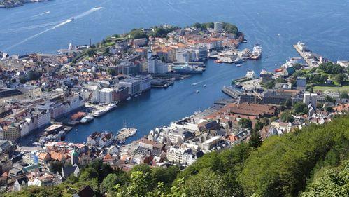 0883-Bergen-vue du mont Fløyen