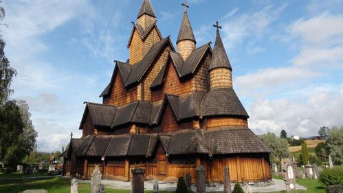 1106-Heddal, églises en bois debout