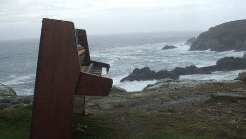 piano-falaise-plogoff-finistere-bretagne-ases-liszt-berlioz.jpg