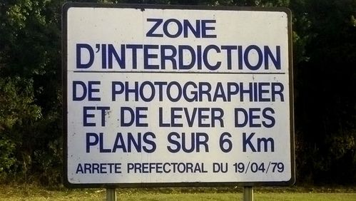 11 03 23 interdit de photographier