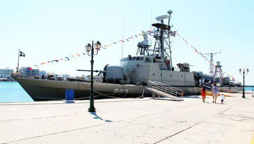 746c2 Tinos, la Marine Nationale célèbre la Vierge le 15