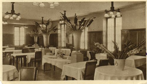 Restaurant_point_la-piramide_vienne_1952_face-D2.jpg