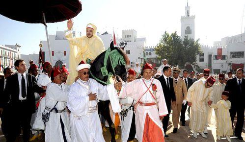 2-photos-people-tetes-couronnees-roi-du-maroc-diapo-2009-al.jpg