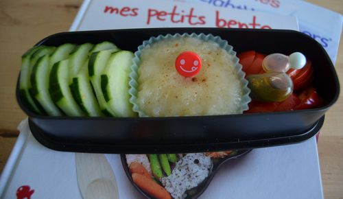 bento_cammie114_compote_poires.jpg