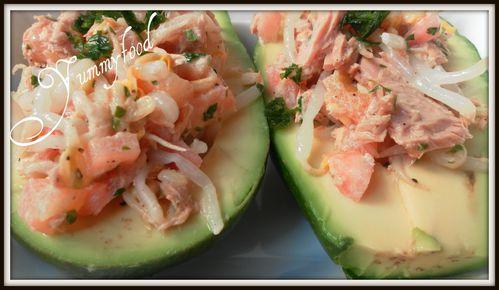 Avocat farci au thon et germes de soja 3