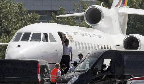 morales-avion-vienne-copie-2.jpg
