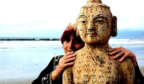 "Agnès-Varda-in-""The-Beaches-of-Agnès""-which-she-compo"