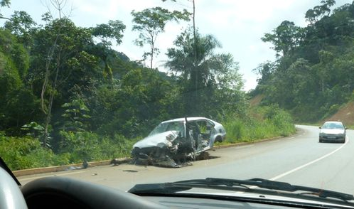 mayombe-nationale-epave-accident