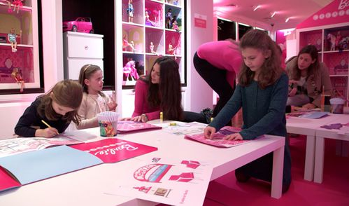 Barbie-Factory_Paris-2013-011.jpg