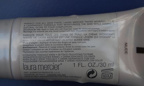 Laura-Mercier-hydratant-teinte-2.JPG