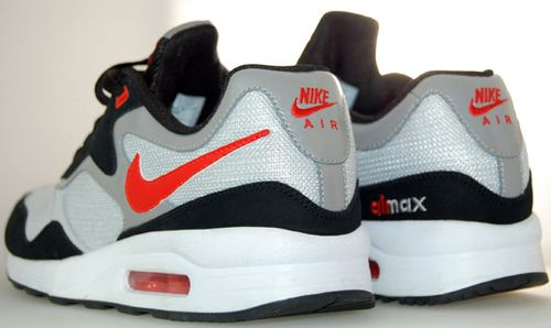 nike-air-max-liquid-racer-fall-2010-3.jpg