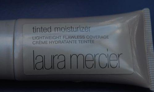 Laura-Mercier-Hydratant-teinte-1.JPG