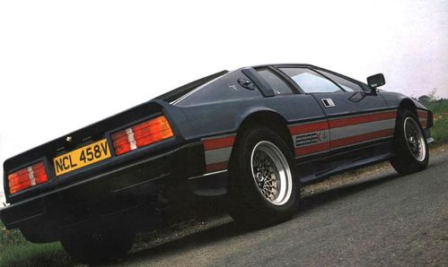 Essex-Lotus-Esprit-Turbo-3.jpg