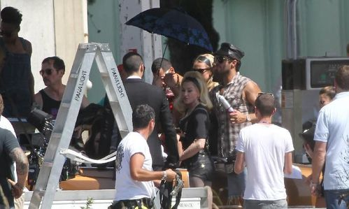 20120618-pictures-madonna-turn-up-the-radio-set-32