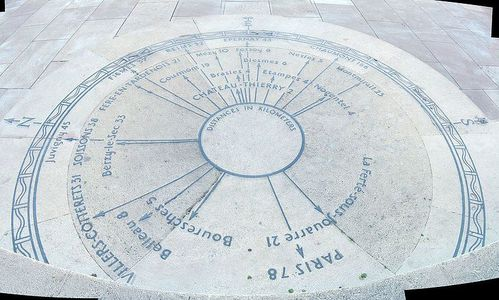800px-American_Monument_Chateau_Thierry_Compass_rose-1-.jpg