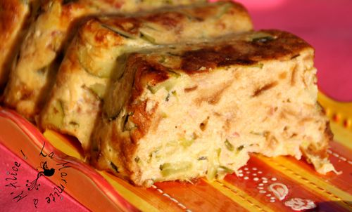 pudding-sale-courgettes-jambon-cru-piment-espelette2.jpg
