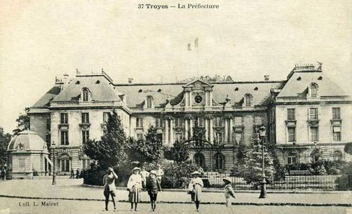 troyes-prefecture-mairet.jpg