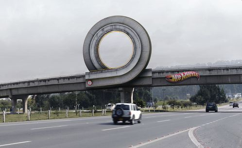hotwheels-loop-billboard.jpg