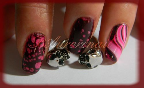 Nail-art--facon-Spotted-et-son-petit-water-marble-6.jpg