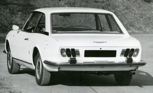 504-coupe-3.jpg