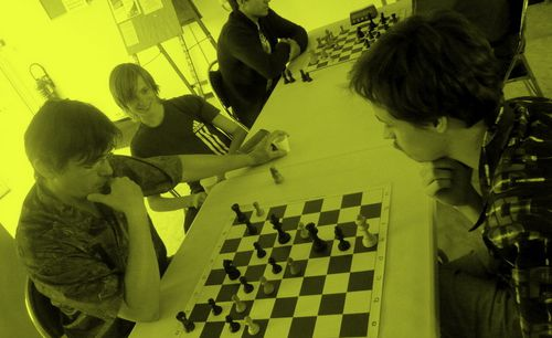 gaubil-olivier-arthur-yellow-chess.JPG