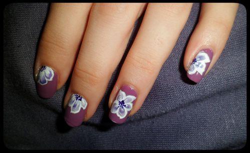 Nail-art-one-stroke--fleur-3.jpg