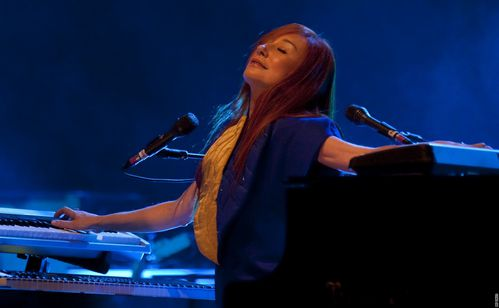 Tori Amos lors de son passage à Pragues en 2009 lors de son Sinful Attraction Tour
