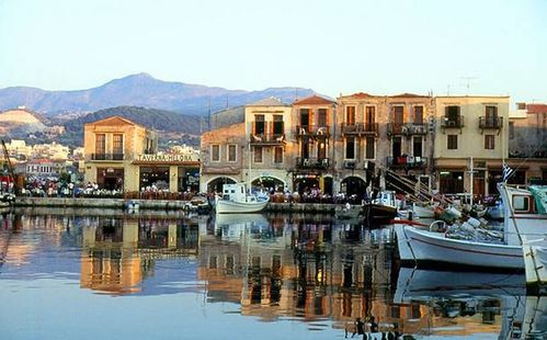 OVERVIEW---Town-and-waterfront--Rethymnon--Crete.jpg