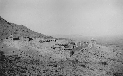 1960-001- Le Poste de Noukrila.
