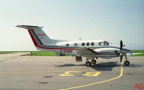 Beech-King-air-F-GHGP.jpg