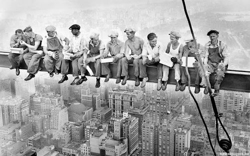 Charles-C.-Ebbets-Lunch-Atop-a-Skyscraper-1932.jpeg