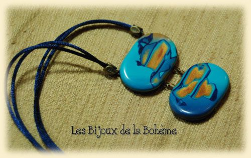collier double bleu