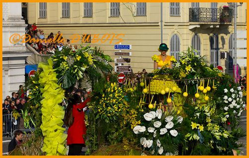 Bataille Fleurs Nice 2012-437