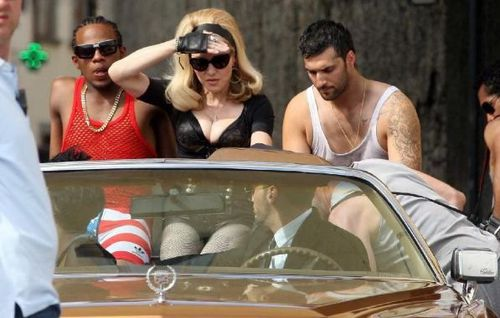 20120618-pictures-madonna-turn-up-the-radio-set-28