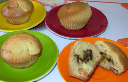 Muffins-coco-amande-abricot--coeur-pistache3.jpg