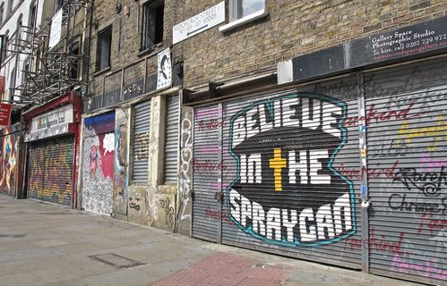 Londres street-art Hackney graffiti believe spraycan