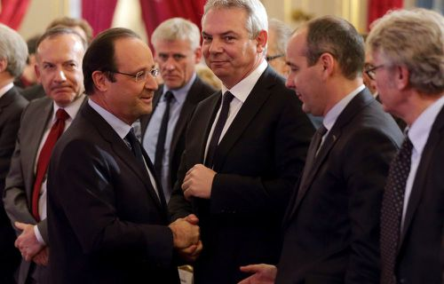 Francois-Hollande-et-les-syndicats