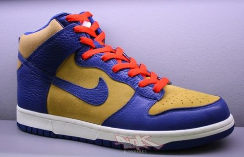 nike-dunk-hi-fall-2010-02-570x367.jpg
