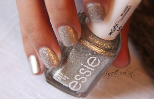 Essie beyond cozy5