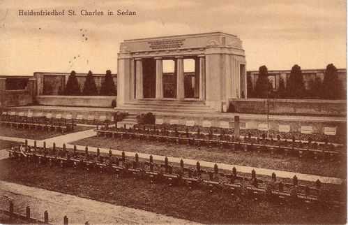 carte postale monument aux morts sedan