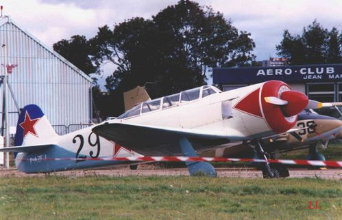 YAK 11 1 copie