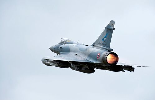 France-Storks-Mirage-Libya-takeoff