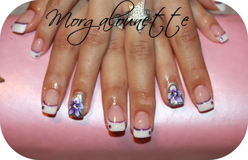 pose en gel french fantaisie strass et fleur one stroke Mor
