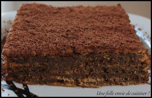 Gateau-thes-bruns---cafe--1-.jpg