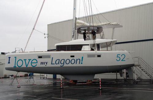 Lagoon-52---profil-copie-1.JPG