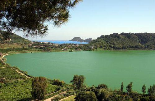 536a Lac Averno