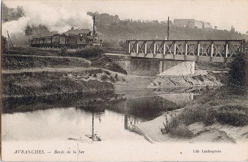 Le pont ferroviaire sur la Sée