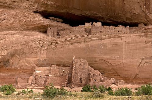 800px-Canyon_de_Chelly_White_House.jpg
